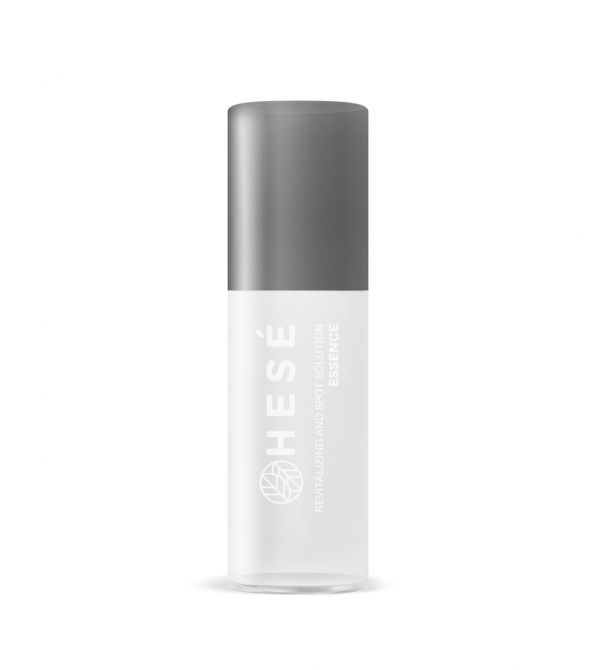 REVITALIZING AND SPOT SOLUTION ESSENCE